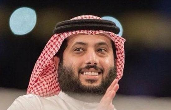 تُركي آل الشيخ يُواصل هجومه على مجلس الأهلي ويستعين بأسماء كبار لاعبي الفريق