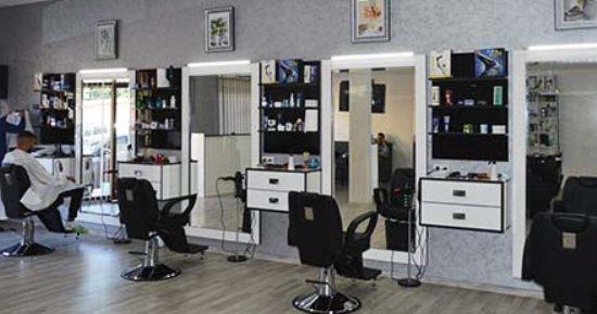 وزارة الشئون البلدية تعلن عن بروتوكولات الإجراءات الاحترازية بعد عودة فتح محلات الحلاقة وصالونات التجميل