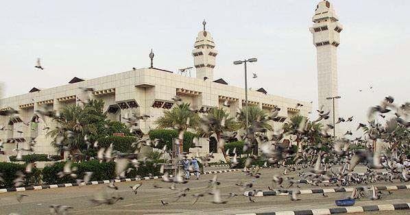 بعد إغلاق 3 شهور، مساجد مكة المكرمة تفتح أبوابها للمصلين الأحد المقبل