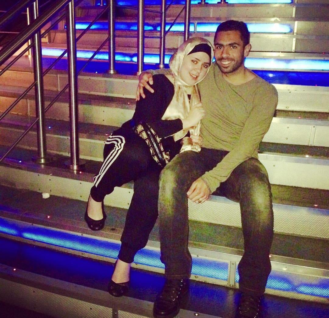 زوجة أحمد فتحي ظهير الأهلي السابق تُعلن إصابتها وبناتها بفيروس كورونا