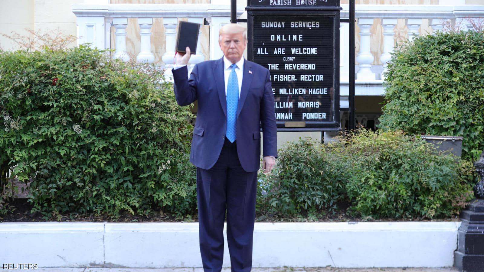 ترامب يهدد بإنزال الجيش الأمريكي في شوارع واشنطن لفض التظاهرات