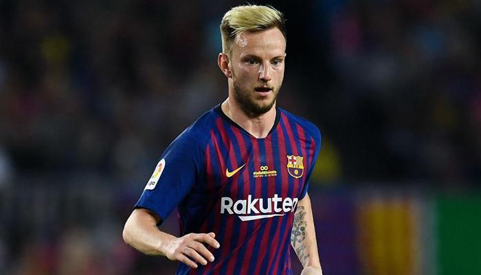 رسميًا… راكيتيتش يُغادر برشلونة مُتجهًا إلى الفريق الأندلسي إشبيلية