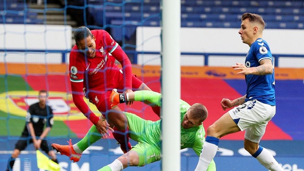"""ليفربول يُعلن إصابة الهولندي فان دايك بـ""""قطع في الرباط الصليبي"""""""