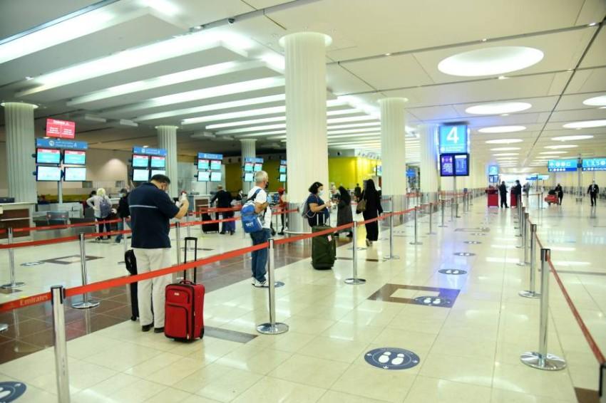 أغلبهم دول عربية.. الإمارات تعلق منح تأشيرات دخول 13 دولة