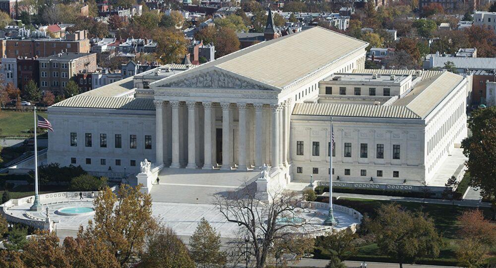 المحكمة العليا الأمريكية ترفض دعوى إلغاء الانتخابات وترامب يُعلق: لا حكمة لا شجاعة