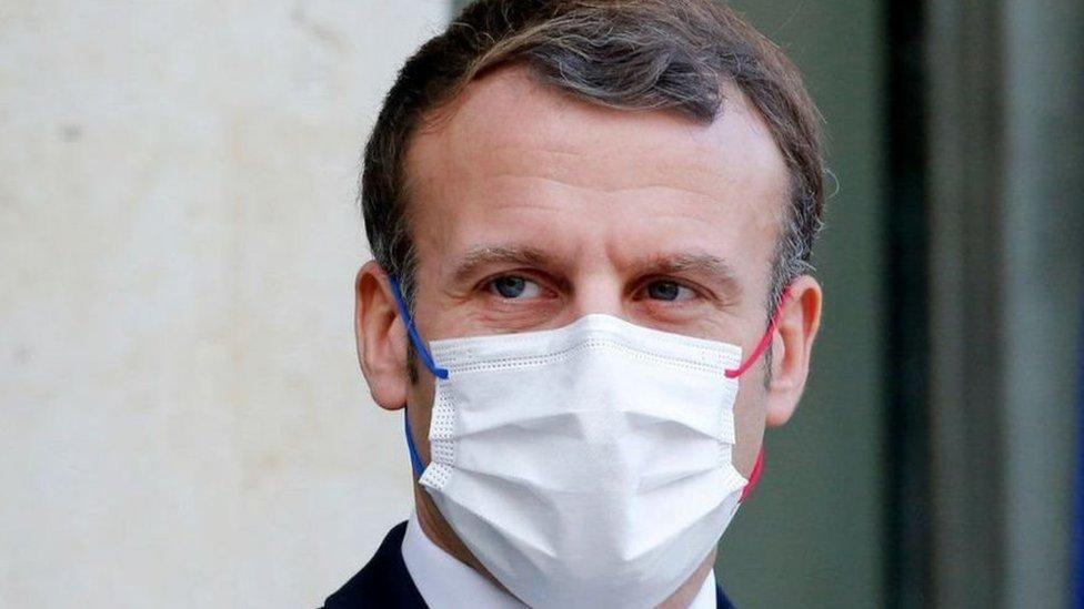 """الرئاسة الفرنسية تُعلن إصابة الرئيس ماكرون بـ""""فيروس كورونا"""""""