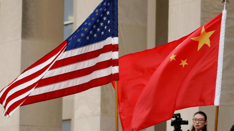 واشنطن تُدرج 14 مسؤولًا صينيًا على قائمتها السوداء