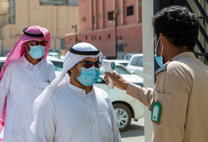الصحة السعودية.. 386 إصابة جديدة بفيروس كورونا وأربع وفيات