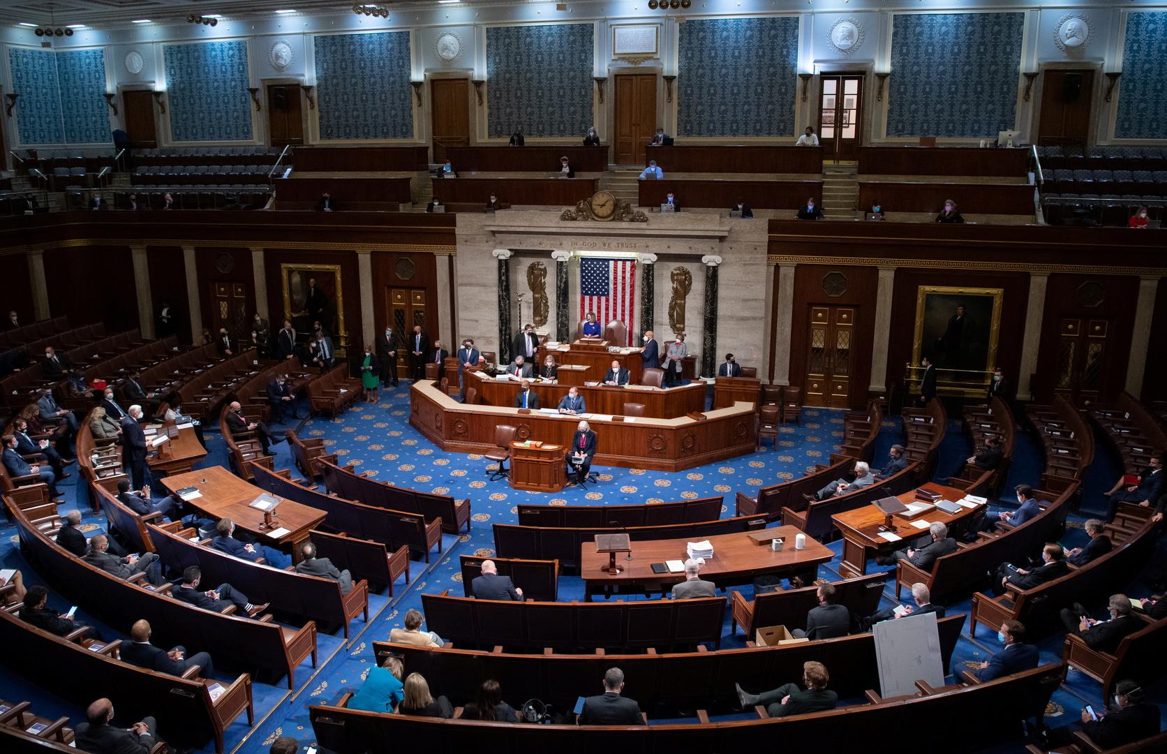 النواب الأمريكي يعتمد خطة للنهوض بالاقتصاد بنحو 1,9 تريليون دولار