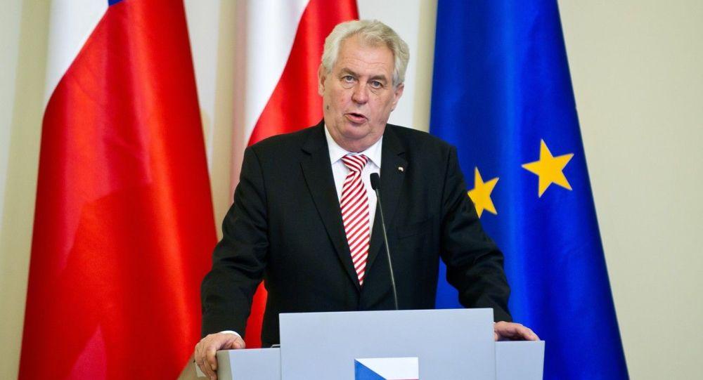 رئيس التشيك يتوقع نجاة بلاده من كورونا بحلول سبتمبر