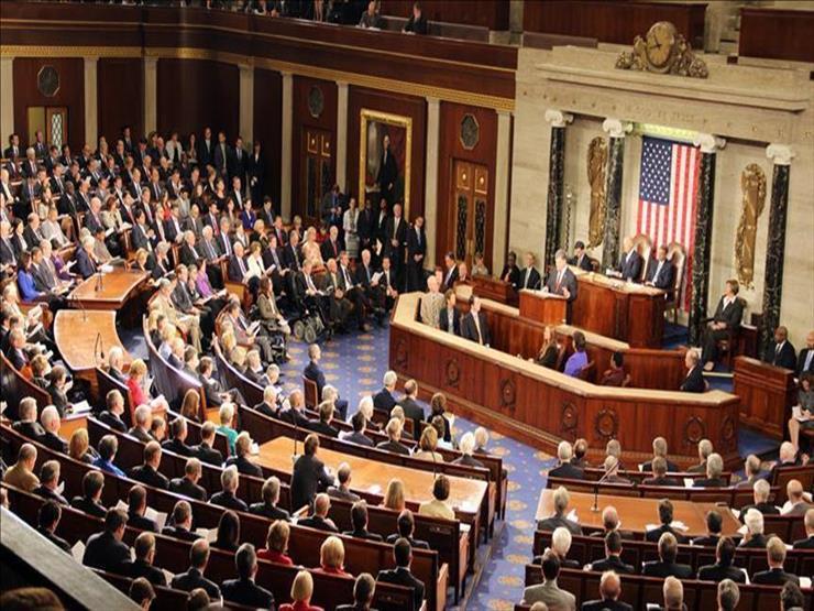 النواب الأمريكي يوافق على قانون لمواطنة 4 مليون مهاجر