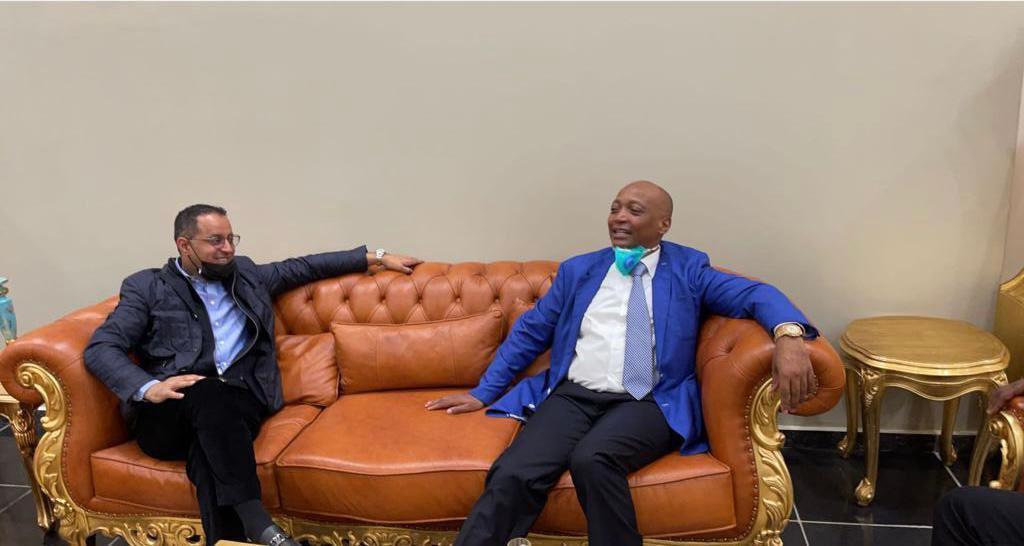 بعد انسحاب مُنافسيه.. اتحاد جنوب إفريقيا يُعلن موتسيبي رئيسًا للكاف