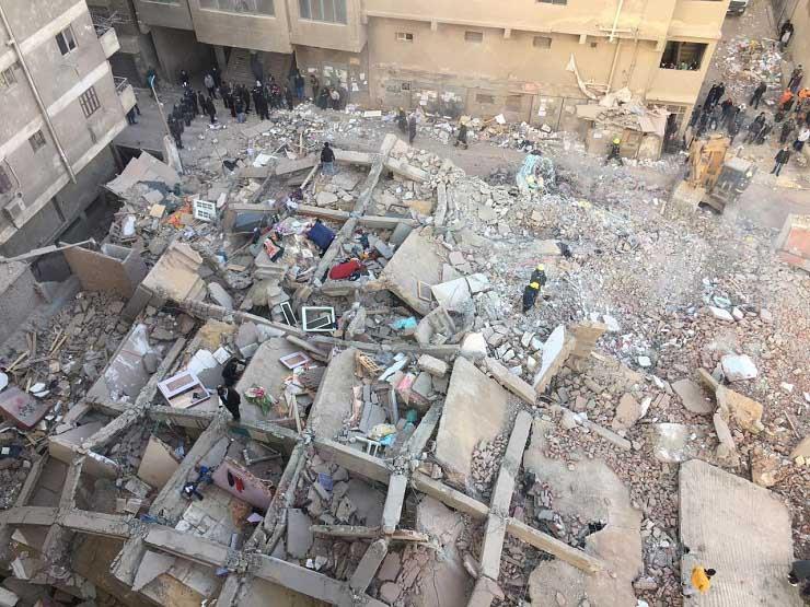 7قتلى و24 مُصاب.. انهيار عقار من 10 طوابق في منطقة جسر السويس بالقاهرة