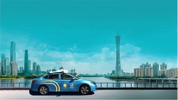 """الصين تتيح لسكان ووهان تجربة سيارة """"ذاتية القيادة"""""""