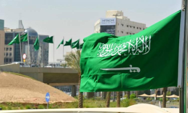 السعودية تبدأ رسميا تنفيذ إلغاء نظام الكفيل .. مع توفير ثلاث بدائل