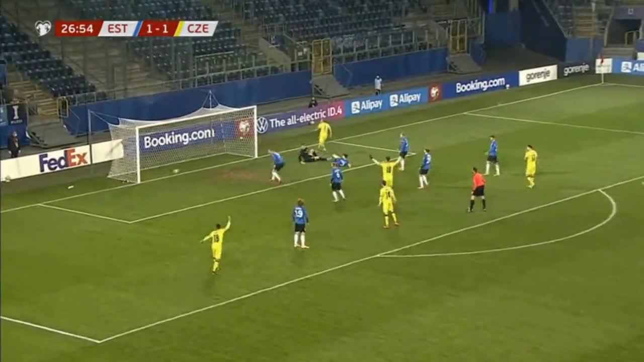 قيود كورونا تُحرم التشيك من أربعة لاعبين أمام بلجيكا