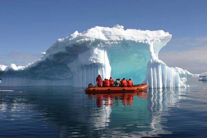 دراسة تحذر من ذوبان متسارع لنهر جليدي في قارة أنتاركتيكا