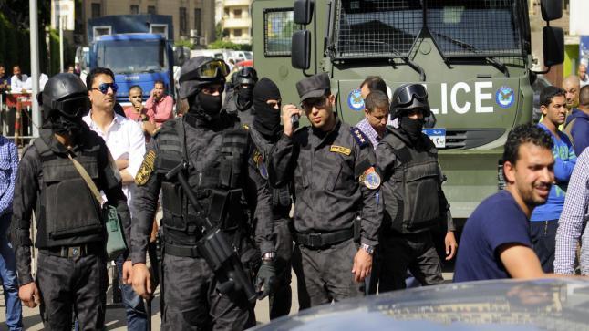اعتقال 50 ناشطاً مصرياً معارضين لاتفاقية تيران وصنافير، تعرف على التفاصيل