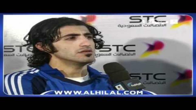 بالفيديو.. شاهد ما فعله مدافع الهلال السابق أمام متجر النصر!