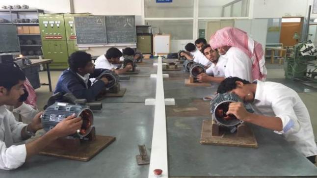 فتح باب القبول بالكلية التقنية السعودية اليوم الاثنين وحتى 17 شوال 1438هـ، تعرف على التفاصيل كاملة