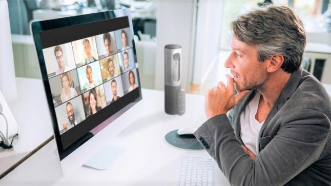 """""""أمازون"""" تطور أجهزة منزلية تتمكن من إجراء مكالمات عبر """"زوم"""""""
