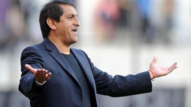 تجديد تعاقد المدرب دياز مع الهلال السعودي لموسم 2018-2019