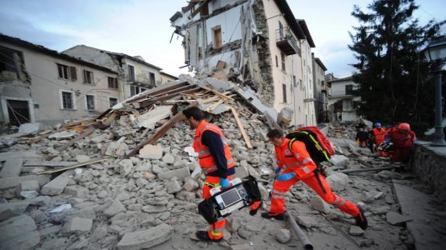 حصيلة قتلى زلزال إيطاليا ترتفع إلى 38 قتيلا مبدئيا
