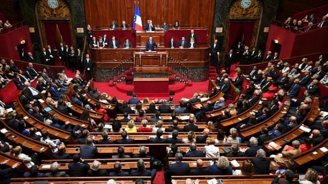 أذربيجان تحتج وتستدعي السفير الفرنسي لديها