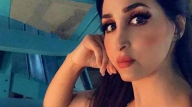 شاهد: هند القحطاني تثير الجدل بتصريحاتها وتطالب فتيات السعودية بشكرهالتغيير نظرة المجتمع لغير المحجبات