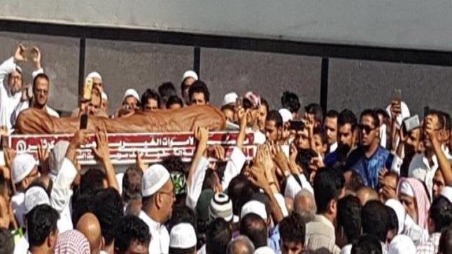 وفاة الشيخ محمد باعشن أثناء ذهابه لإمامة صلاة الفجر