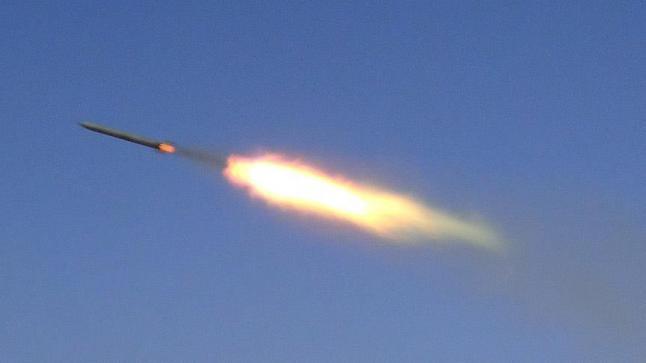 التحالف العربي يعترض صواريخ جديدة للحوثيين تستهدف مدينة المخا