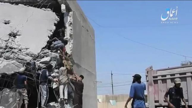 تنظيم الدولة ينشر صورا لقتلى قصف مدرسة اللواء بغرب الموصل