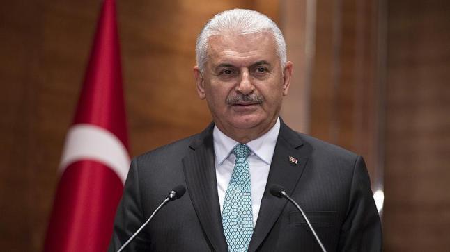 رئيس الحكومة التركية يبحث تعزيز العلاقات الثنائية مع بريطانيا
