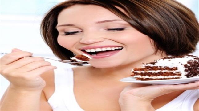 تفسير حلم أكل الحلويات في المنام لابن سيرين والنابلسي