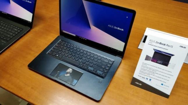 أسوس تستبدل لوحة اللمس في الحاسب المحمول Asus ZenBook Pro بشاشة تعمل باللمس