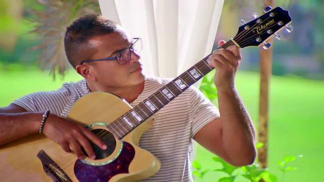 تعرف على تفاصيل اعلان عمرو دياب الجديد في رمضان بطلته الفنانة دينا الشربيني