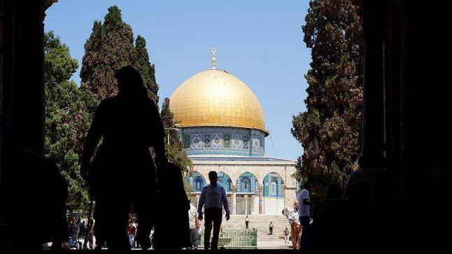 فادي عليان يعود لحراسة الأقصى بعد قضاء 11 شهرا بالسجون الإسرائيلية