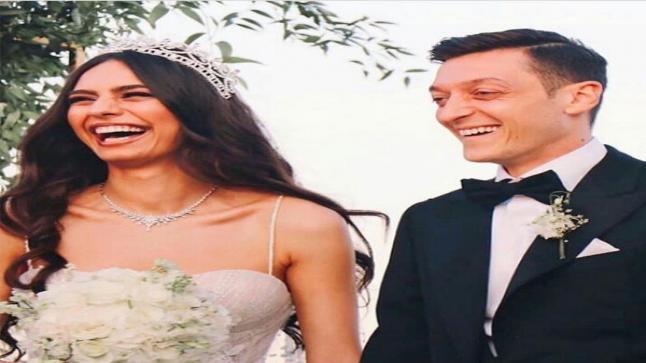 شاهد بالصور حفل زفاف التركية أمينة جولشن ومسعود أوزيل ورئيس تركيا وزوجته شاهدان على عقد القرآن