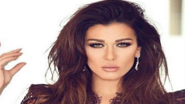 نادين الراسي تطلب السماح من أمل حمادة بعد رحيلها