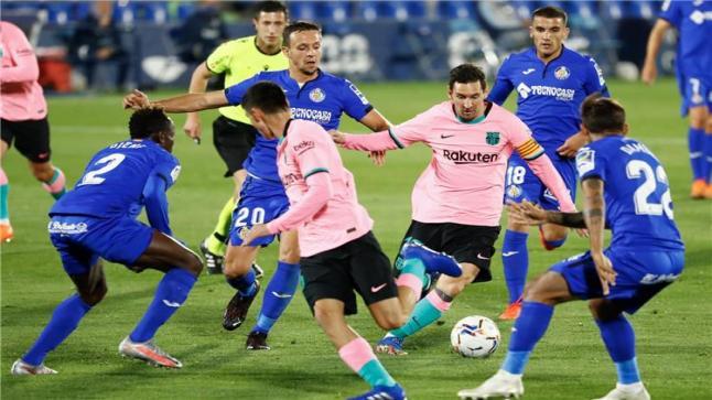 الدوري الإسباني.. حامل اللقب يسقط أمام الوافد الجديد والبرسا يتعثر للمرة الثانية