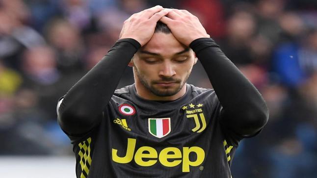 """الظهير الإيطالي """"ماتيا دي تشيليو"""" ينتقل رسميًا إلى ليون الفرنسي"""