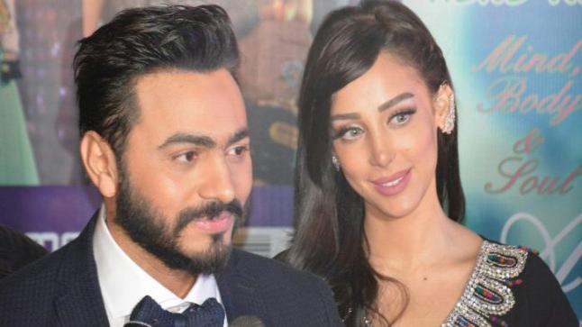 تامر حسني متهم بخداع الجمهور بإختلاقه لقصة زواجه من بسمة بوسيل