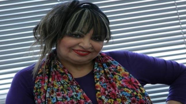 أمل عباس تظهر من جديد بعد مرضها وهذه الفنانة التي تكلفت بعلاجها
