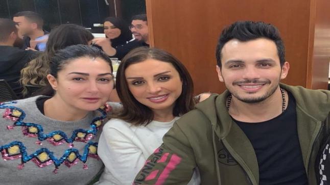 """أنغام بطلة أغنية تتر مسلسل """" حدوتة مرة """" للنجمة غادة عبد الرازق"""