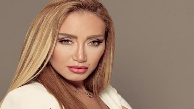 ريهام سعيد تعلن طلاق عمرو دياب بهذه الطريقة وهكذا تحدثت عن دينا الشربيني