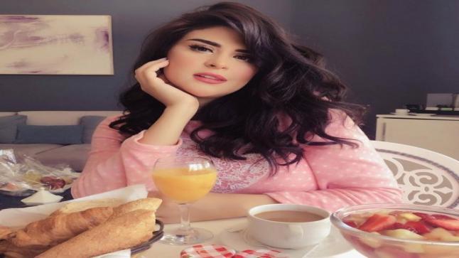سلمى رشيد تعلن حملها وتنشر الصورة الأولى لجنينها