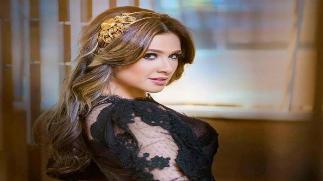 تعرف على قصة مسلسل ياسمين عبد العزيز الرمضاني الذي يتشابه مع قصة حياتها