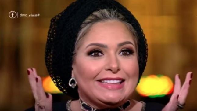 بالصور: صابرين تفاجئ الجميع وتخلع الحجاب
