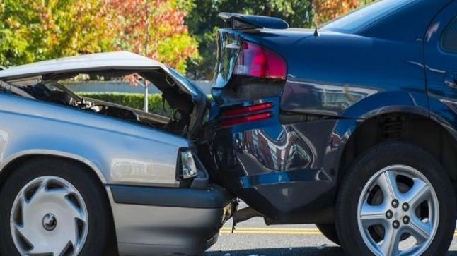 تفسير حلم حادث السيارة في المنام للعزباء والمتزوجة والحامل والأعزب - جريدتي  نيوز