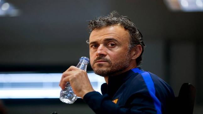 ميستري لن نعلن عن المدرب الجديد لبرشلونة احتراماً لإنريكي